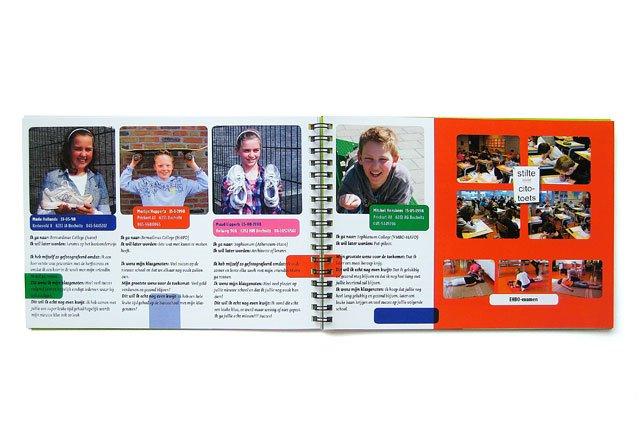 Ontwerp van een afscheids-fotoalbum voor schoolverlaters van de basischool