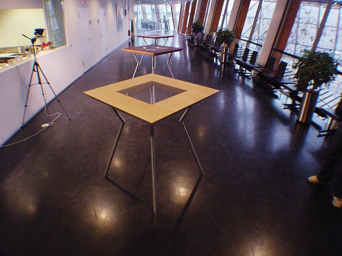 Op maat ontworpen voor het gemeentehuis van Alphen aan den Rijn