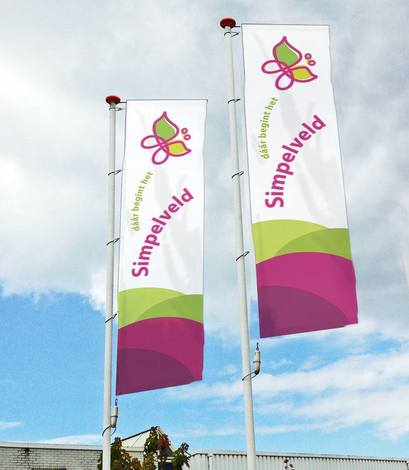 banieren vlaggen met logo toeristisch simpelveld daar begint het
